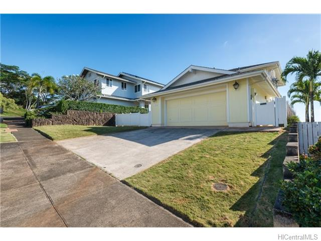 98-2079 Kaahumanu St Wailuna, Aiea home - photo 1 of 21