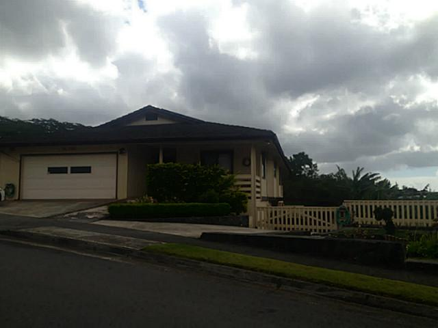 982087  Kipikua St Newtown, Aiea home - photo 1 of 19