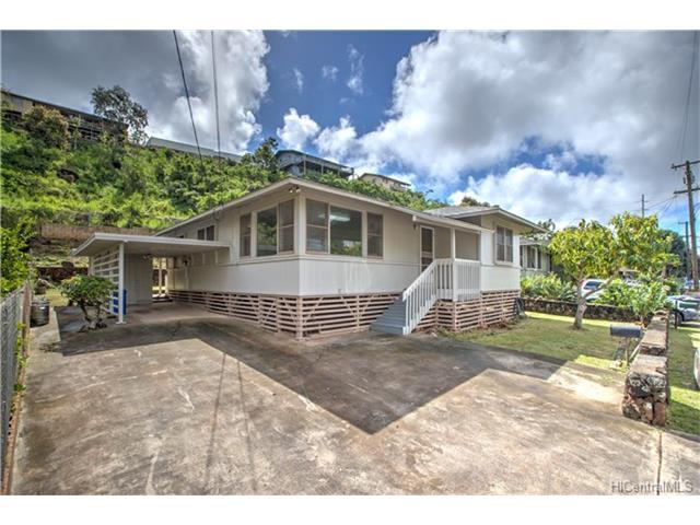 98-273  Hale Momi Pl Pearlridge, Aiea home - photo 1 of 19