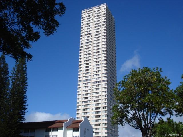 Pearlridge Square condo # 1603, Aiea, Hawaii - photo 1 of 8