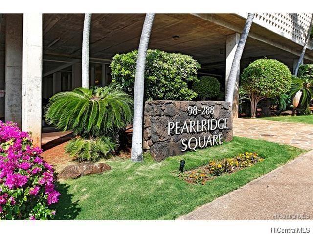 Pearlridge Square condo #1904, Aiea, Hawaii - photo 1 of 11