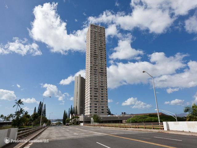 Pearlridge Square condo #2103, Aiea, Hawaii - photo 1 of 11