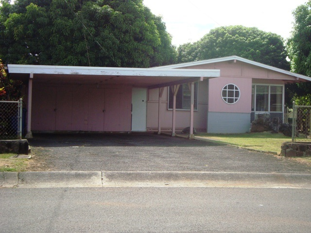 98-340  Ponohale St Waimalu, Aiea home - photo 1 of 21