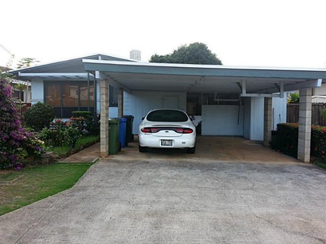 98341  Ponokiwila St Waimalu, Aiea home - photo 1 of 5