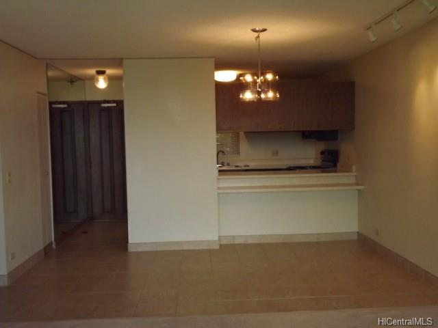 Park At Pearlridge condo # C-1205, Aiea, Hawaii - photo 3 of 22