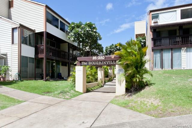 Bougainville condo #225, Aiea, Hawaii - photo 1 of 11