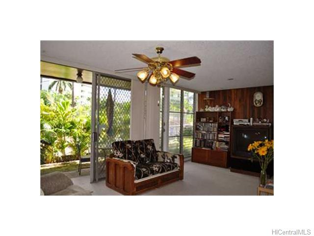Bougainville condo #328, Aiea, Hawaii - photo 1 of 10