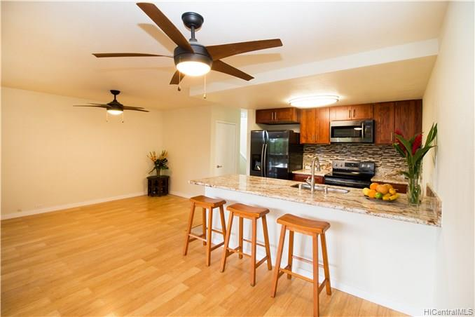 Bougainville condo #342, Aiea, Hawaii - photo 1 of 15