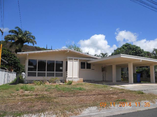 98-382 Ponohale St Waimalu, Aiea home - photo 1 of 10