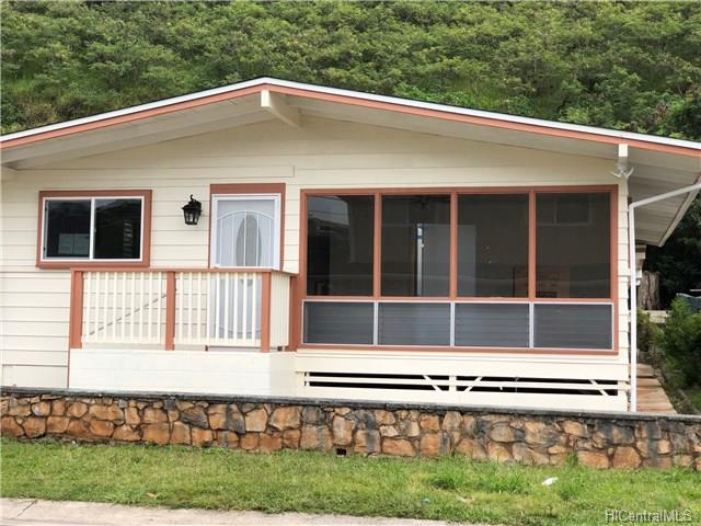 98-383 Ponohana Loop Waimalu, Aiea home - photo 1 of 14