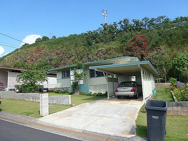 98399  Ponohana Loop Waimalu, Aiea home - photo 1 of 8