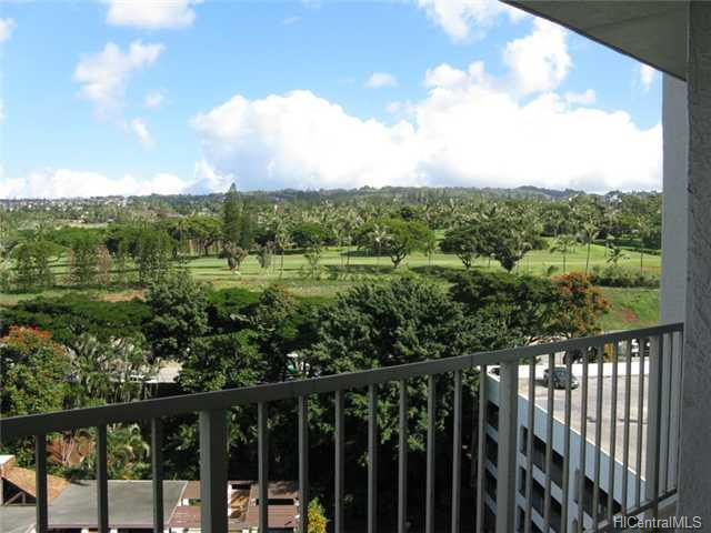 Pearl 2 condo #10D, Aiea, Hawaii - photo 1 of 6
