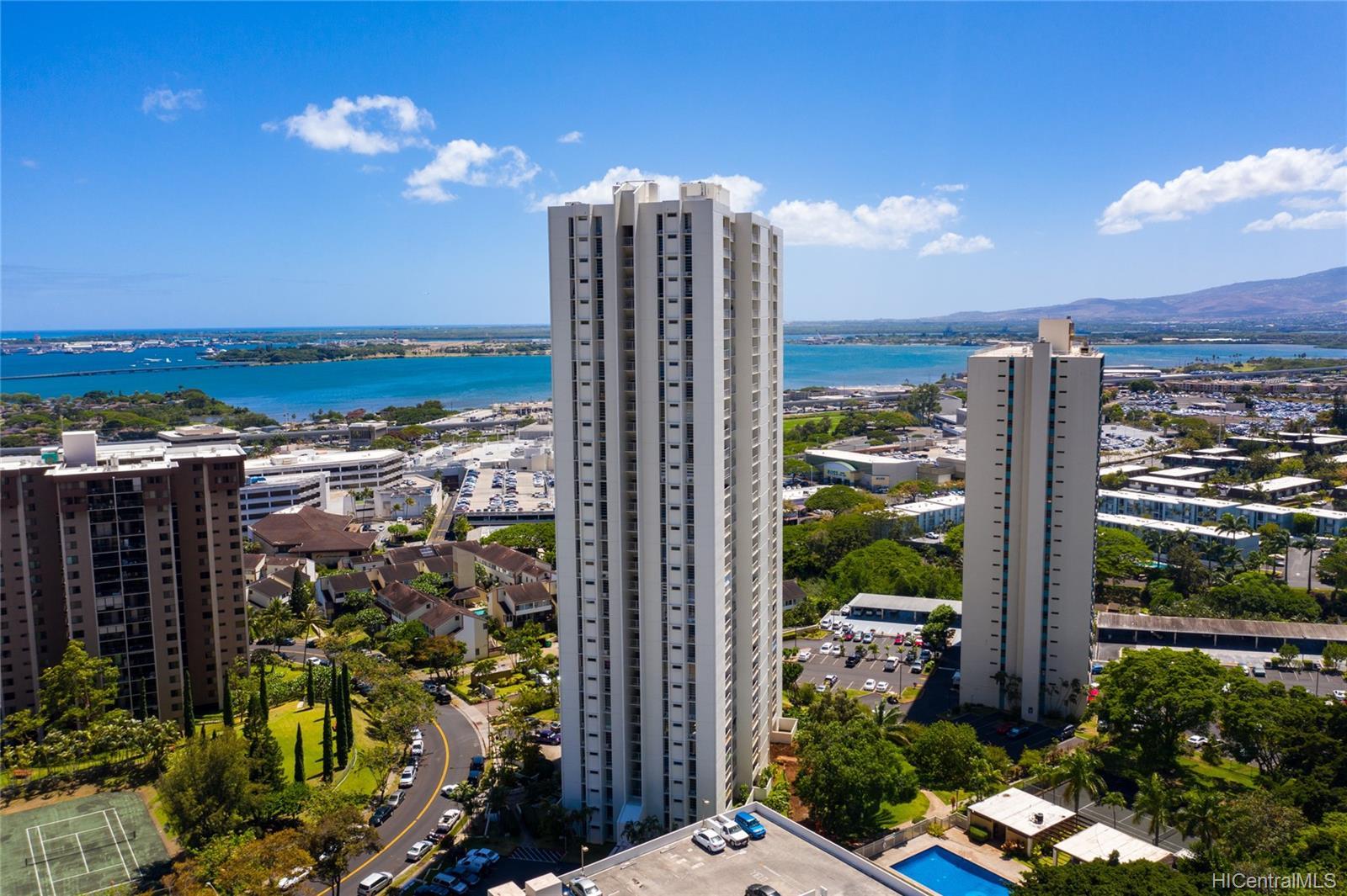 Pearl 2 condo # 10H, Aiea, Hawaii - photo 1 of 24