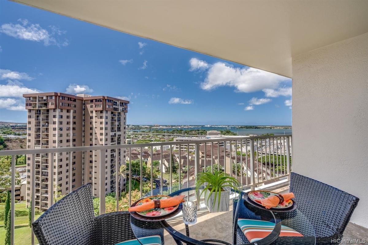Pearl 2 condo # 14J, Aiea, Hawaii - photo 13 of 24