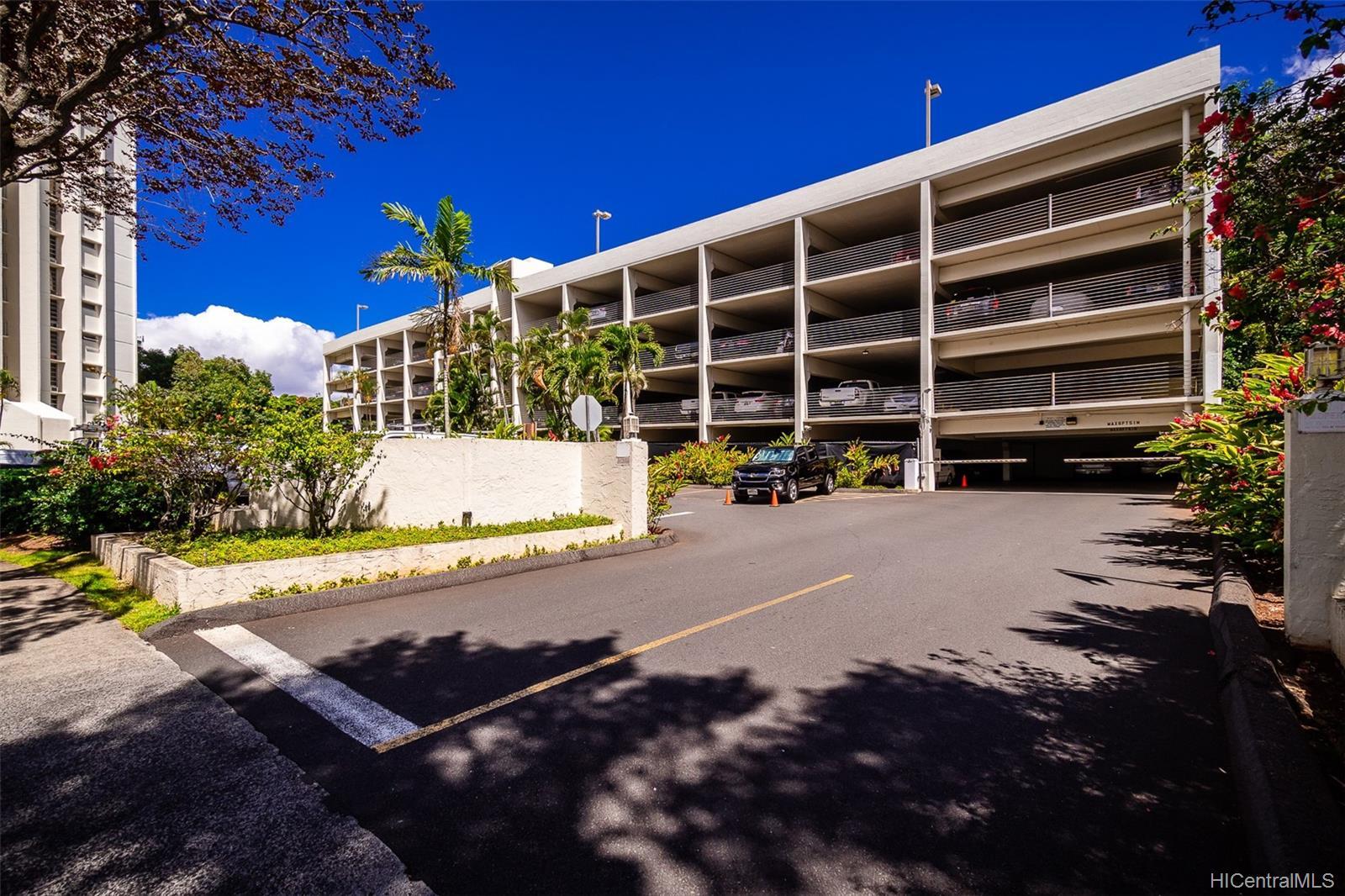 Pearl 2 condo # 1K, Aiea, Hawaii - photo 22 of 23