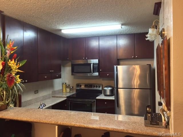 Pearl 2 condo #22F, Aiea, Hawaii - photo 1 of 11