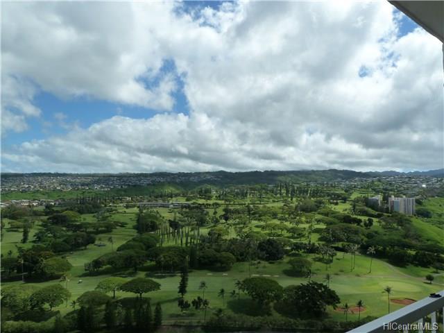 Pearl 2 condo #33E, Aiea, Hawaii - photo 1 of 13