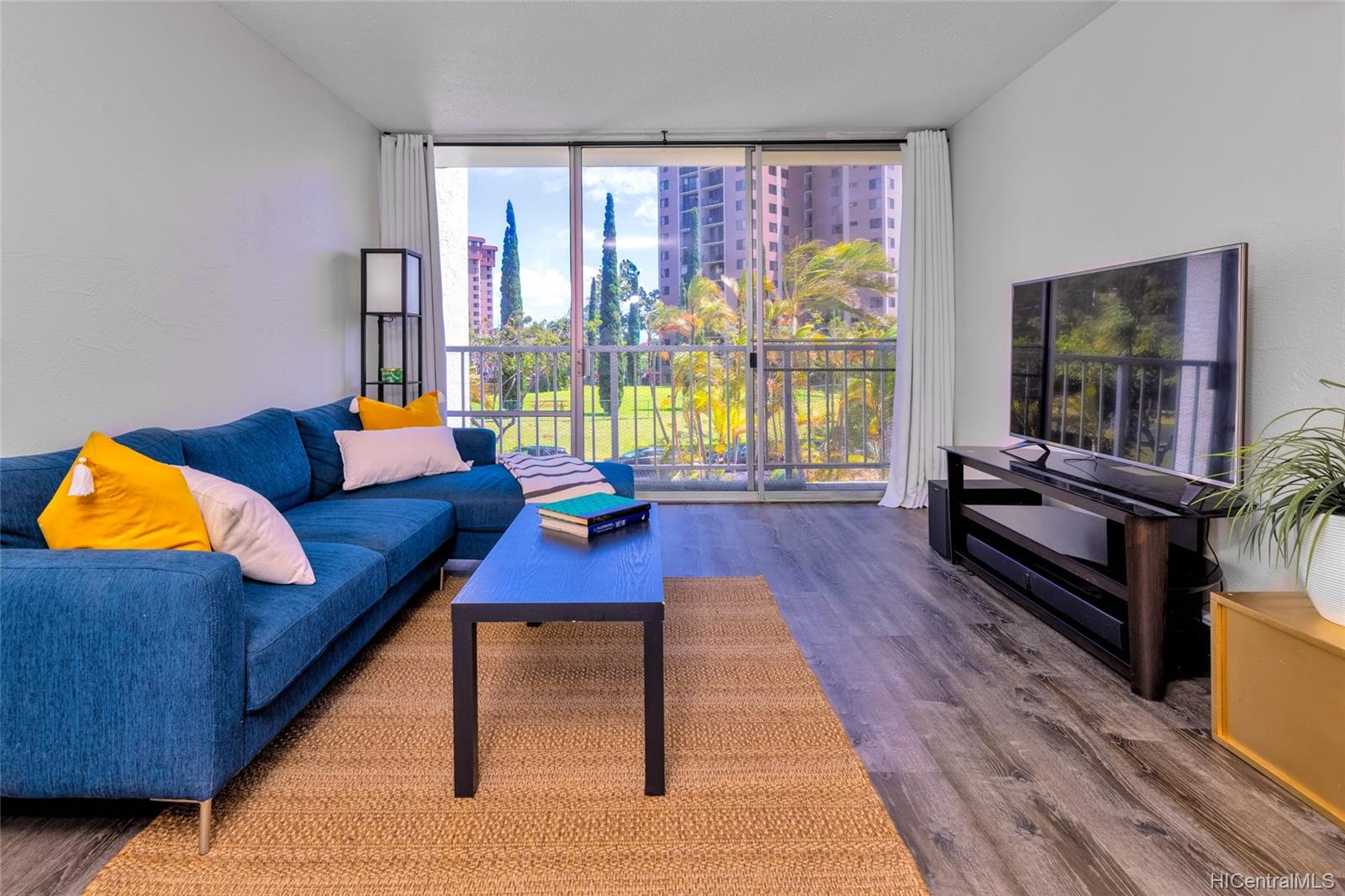 Pearl 2 condo # 3G, Aiea, Hawaii - photo 1 of 17