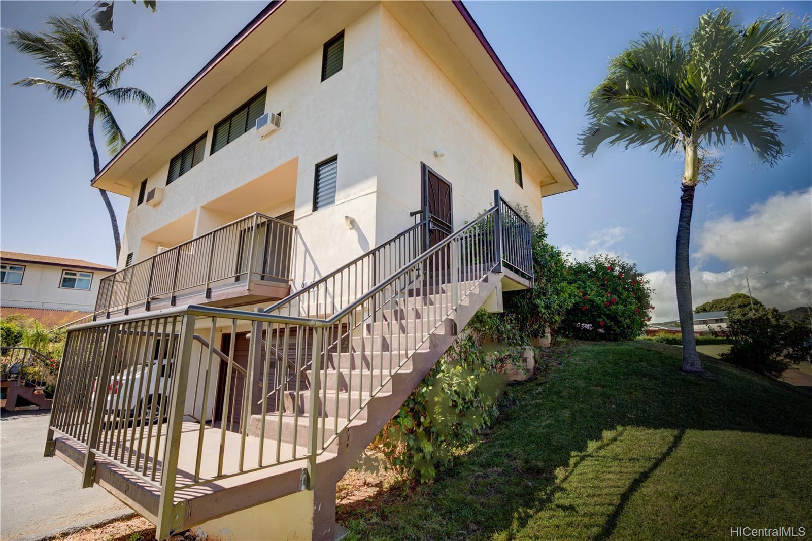 98-436 Kaonohi Street townhouse # 22/480, Aiea, Hawaii - photo 21 of 24