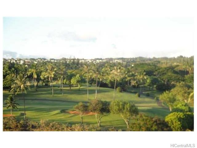 Highlander condo #1105, Aiea, Hawaii - photo 1 of 10