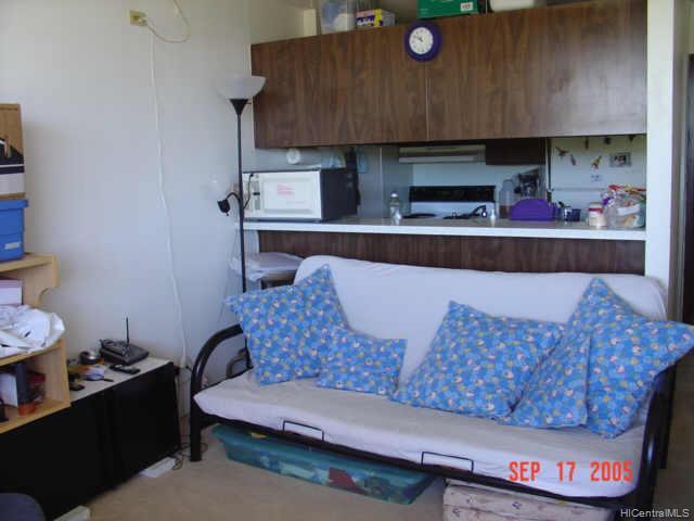 Highlander condo # 1202, Aiea, Hawaii - photo 3 of 7
