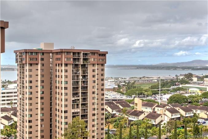 Highlander condo # 1509, Aiea, Hawaii - photo 15 of 22