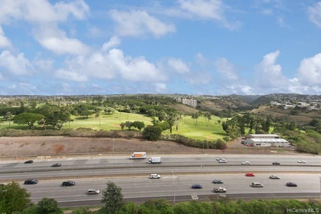 Highlander condo # 1602, Aiea, Hawaii - photo 8 of 11