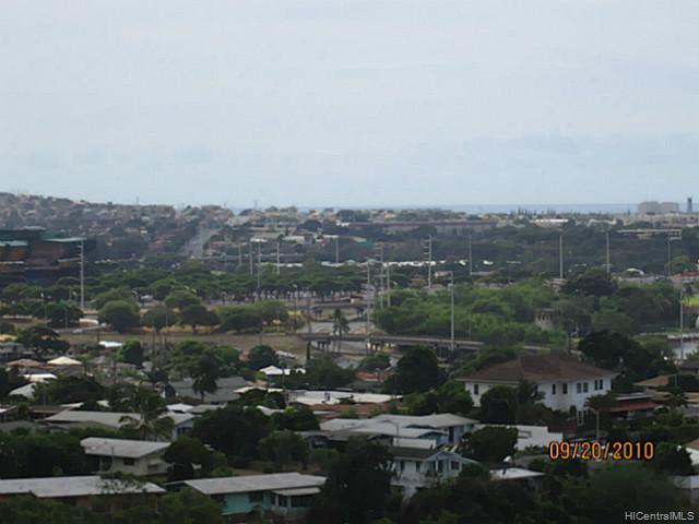 Highlander condo # 1708, Aiea, Hawaii - photo 5 of 9