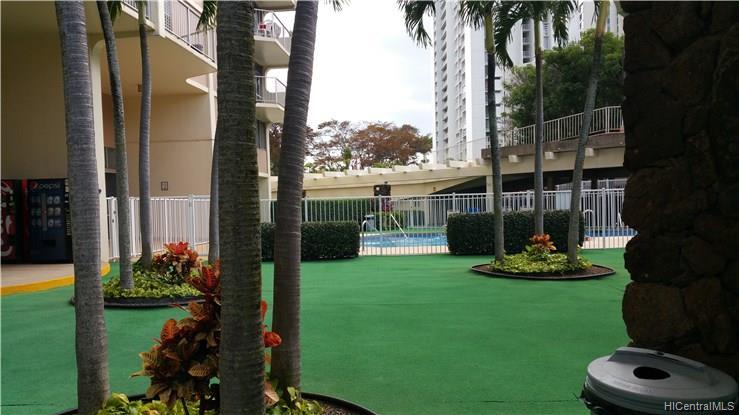 Highlander condo # 1808, Aiea, Hawaii - photo 11 of 12