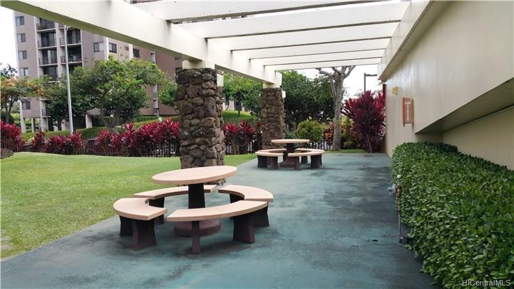 Highlander condo # 1808, Aiea, Hawaii - photo 9 of 12