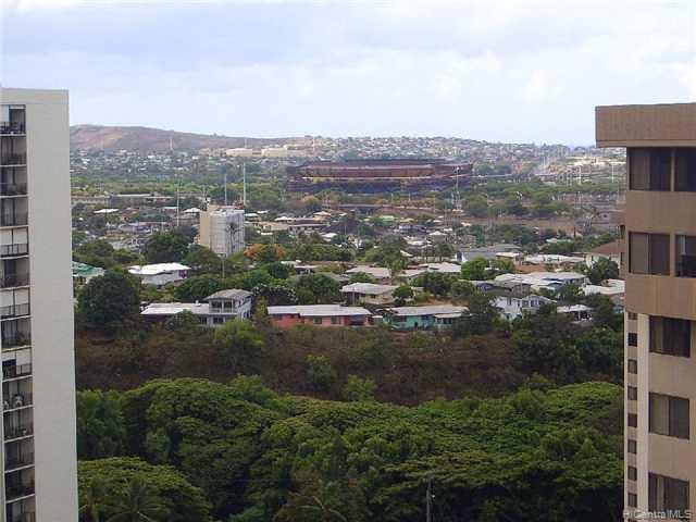 Highlander condo # 1812, Aiea, Hawaii - photo 6 of 8