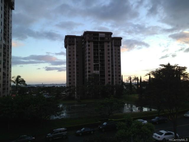 Highlander condo # 301, Aiea, Hawaii - photo 14 of 24