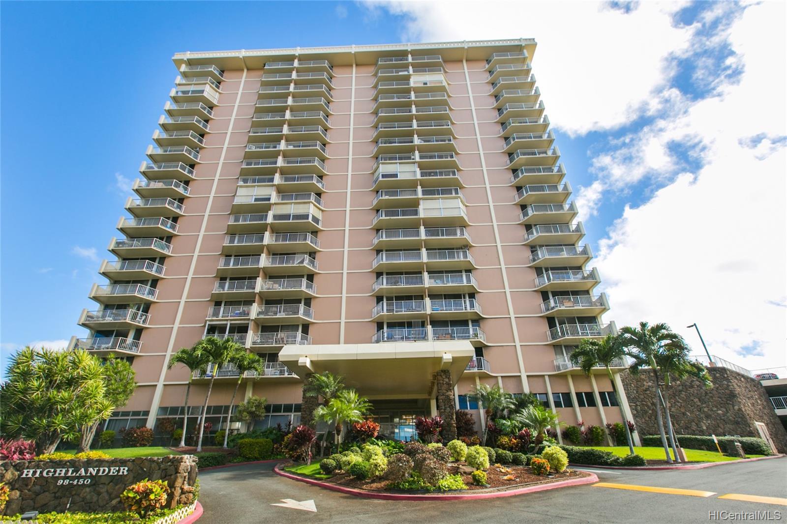 Highlander condo # 312, Aiea, Hawaii - photo 1 of 25
