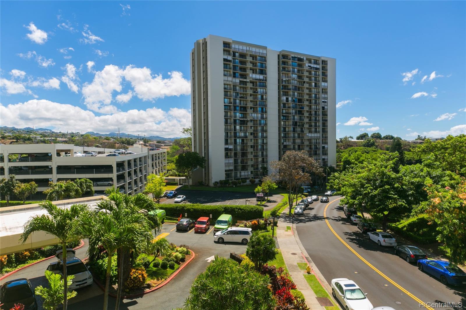 Highlander condo # 312, Aiea, Hawaii - photo 16 of 25