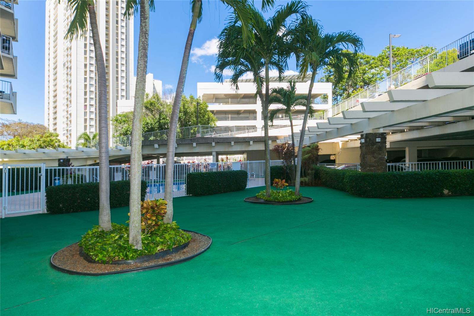 Highlander condo # 312, Aiea, Hawaii - photo 17 of 25