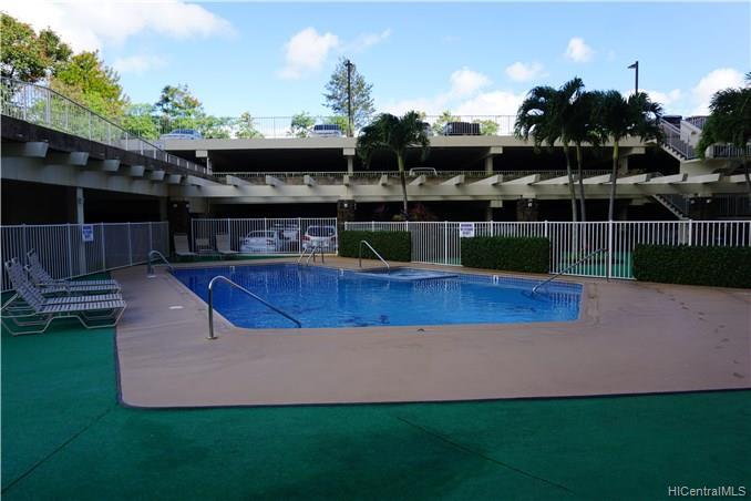 Highlander condo # 511, Aiea, Hawaii - photo 9 of 12