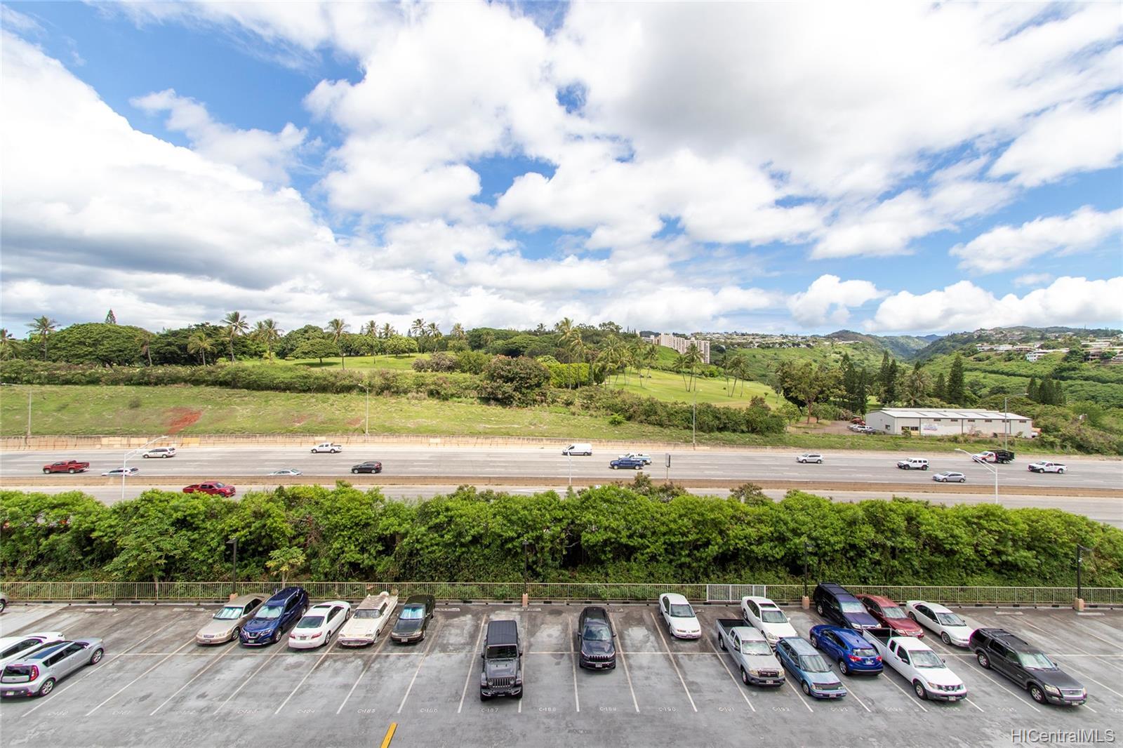 Highlander condo # 704, Aiea, Hawaii - photo 16 of 25