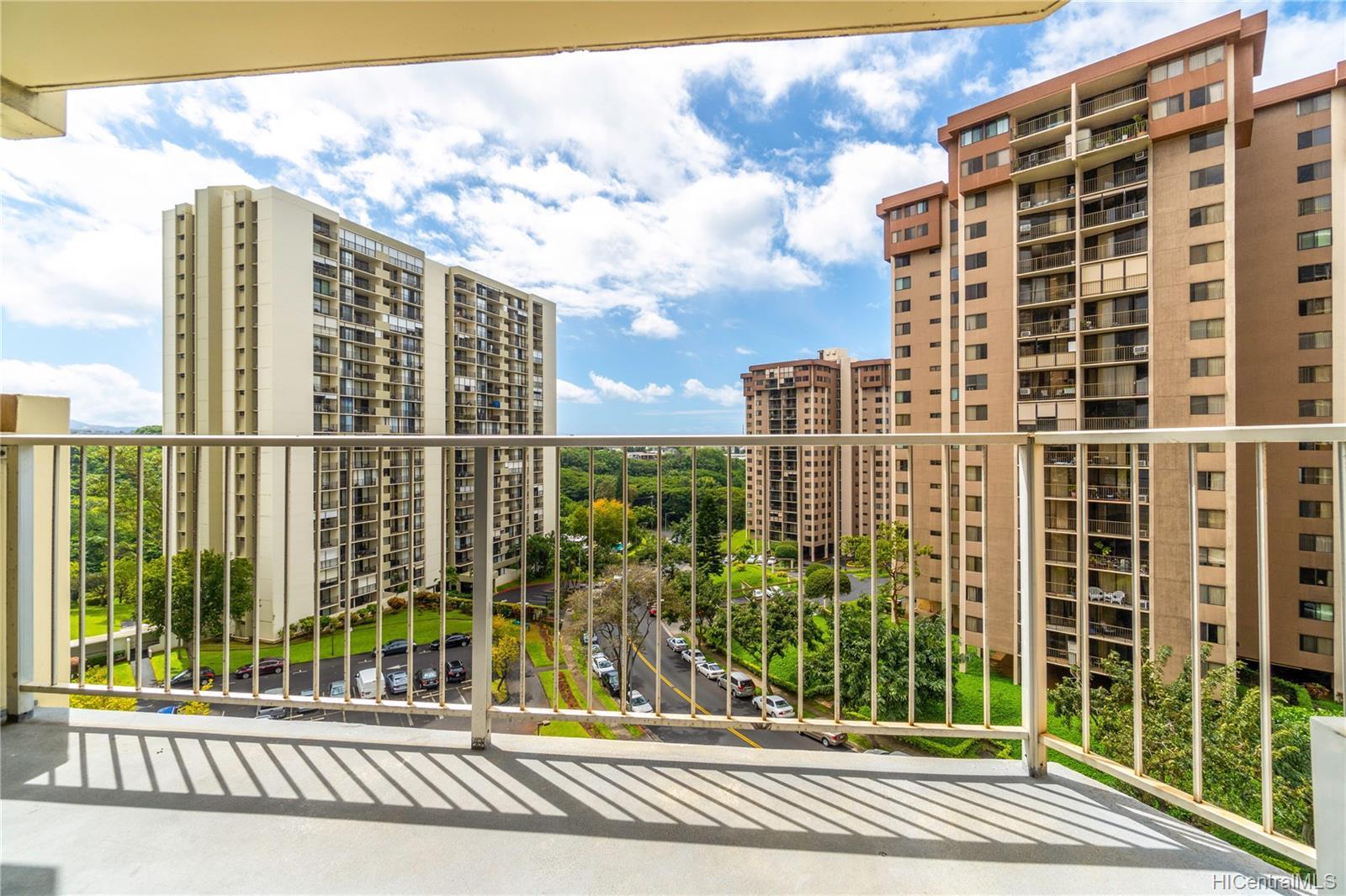 Highlander condo # 709, Aiea, Hawaii - photo 6 of 19