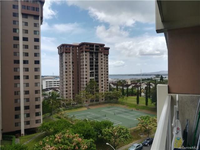 Highlander condo #710, Aiea, Hawaii - photo 1 of 24