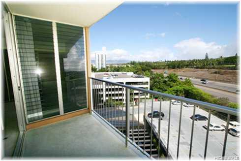Highlander condo # 804, Aiea, Hawaii - photo 6 of 10