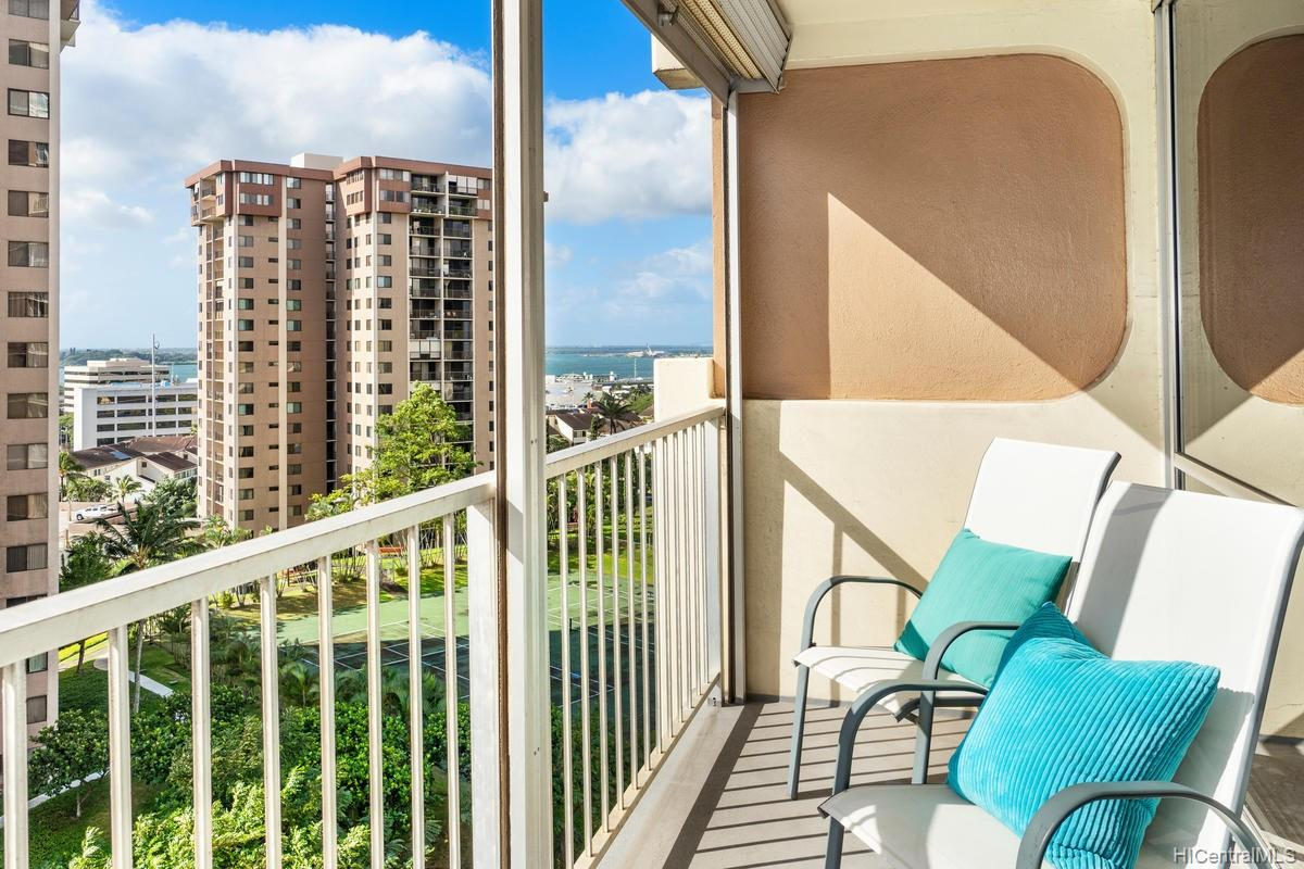 Highlander condo # 810, Aiea, Hawaii - photo 9 of 22