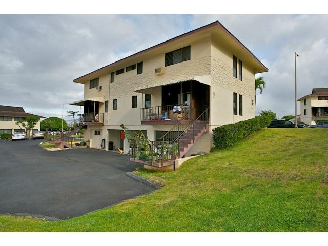 Tropicana Village-Aiea condo #442, Aiea, Hawaii - photo 1 of 22