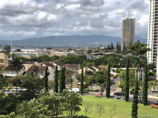 Park At Pearlridge condo #B1003, Aiea, Hawaii - photo 1 of 11