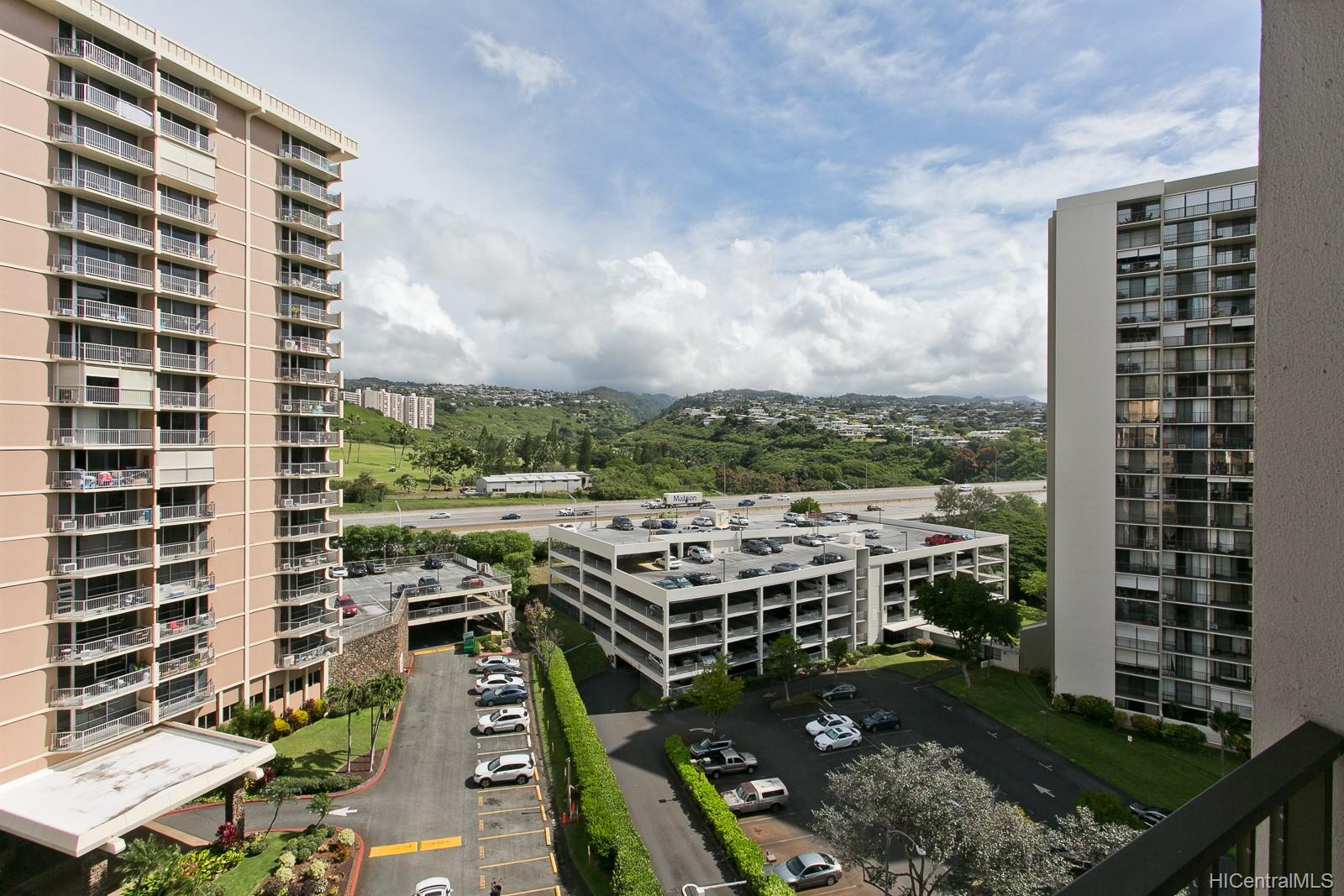 Park at Pearlridge condo # B1006, Aiea, Hawaii - photo 19 of 21