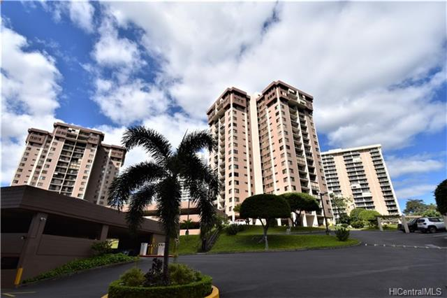 Park At Pearlridge condo #B1706, Aiea, Hawaii - photo 1 of 24