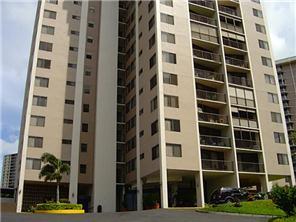 Park At Pearlridge condo #B-202, Aiea, Hawaii - photo 1 of 8