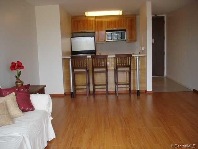 Pearl 1 condo #23D, Aiea, Hawaii - photo 1 of 9