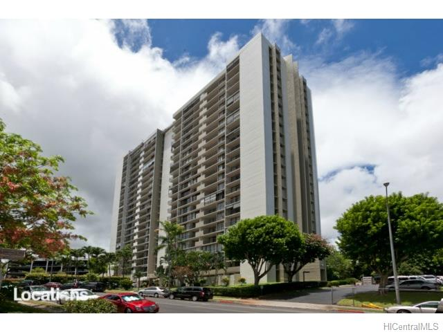 Pearl 1 condo #6M, Aiea, Hawaii - photo 1 of 10