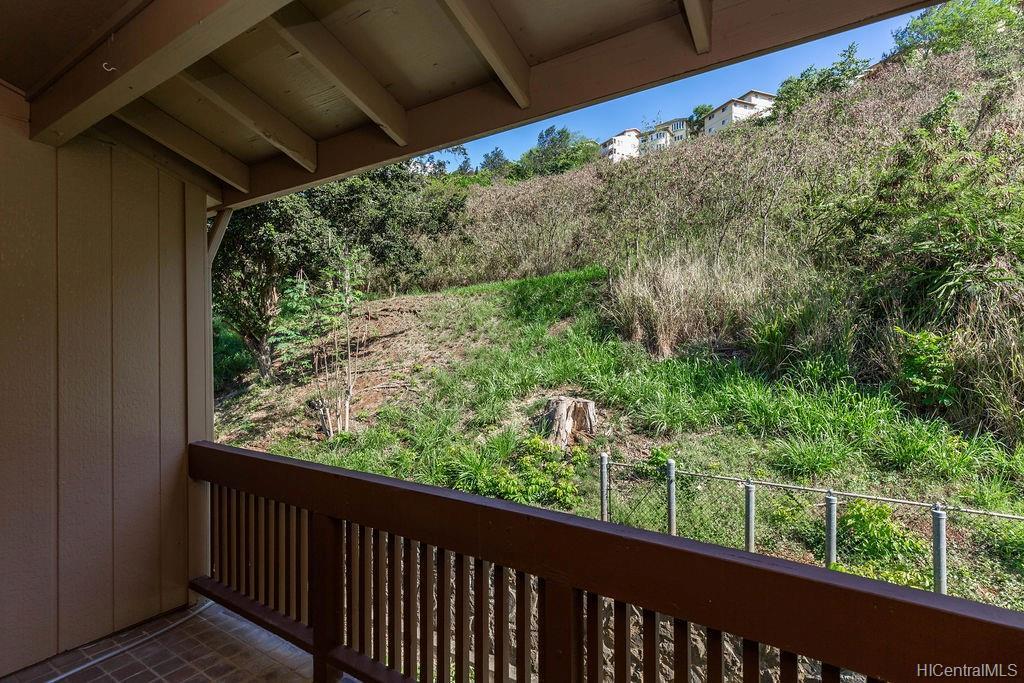 Newtown Meadows condo # 5F2, Aiea, Hawaii - photo 18 of 25