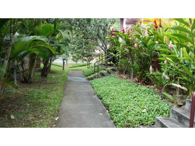 Newtown Meadows condo #4B2, Aiea, Hawaii - photo 1 of 11